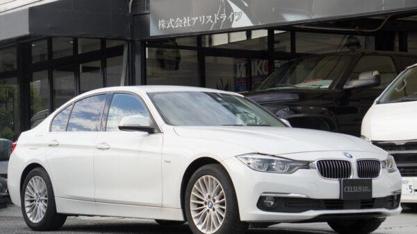 BMW・320i メイン画像